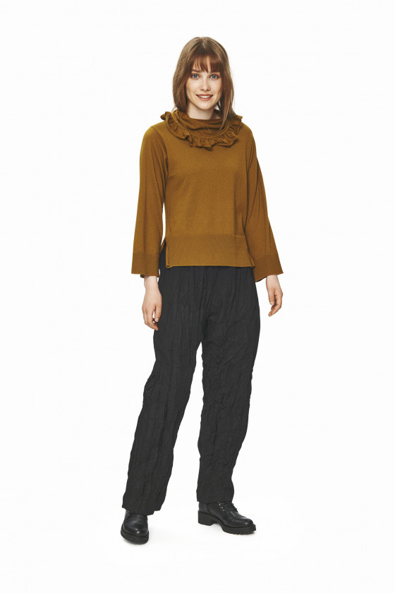 MULLEIN COTTON BLUS MED VOLANG