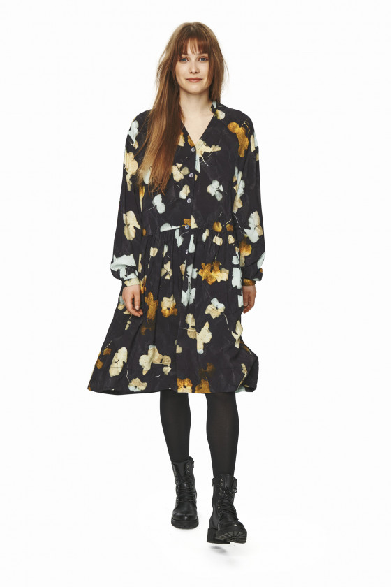 FALLING LEAVES DRESS WITH COLLAR