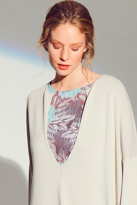 CRACKED PEONIES BLOUSE