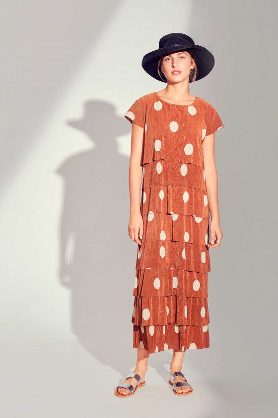 PLISSÉ DOT LONG DRESS