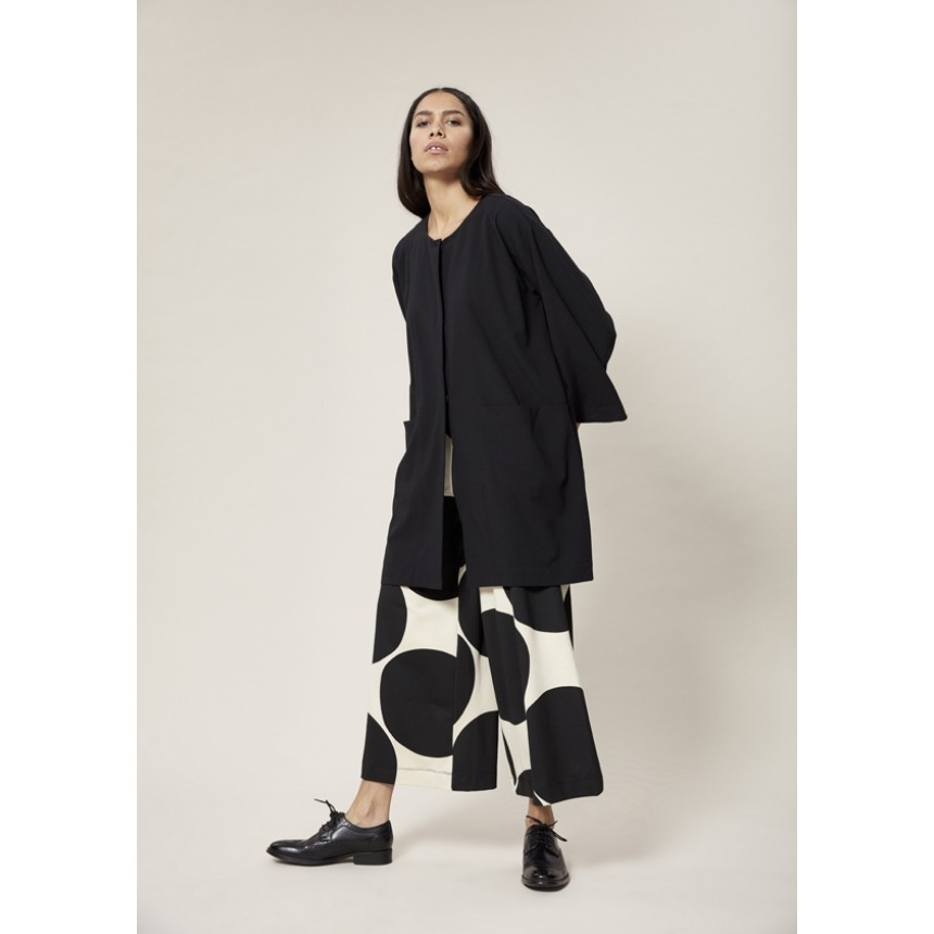 EXCENTRIC CREPE OVERSIZE JACKET