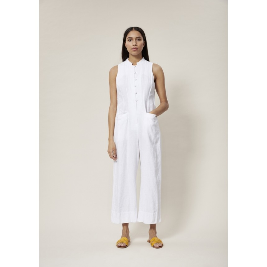 LAZY LINEN JUMPSUIT