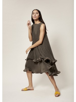 SHIBUI PLEATS LONG DRESS