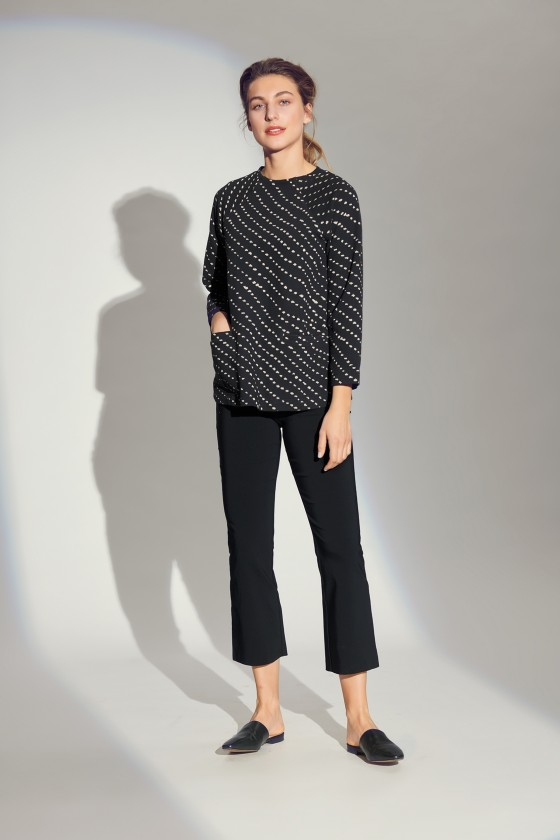 DIAGONAL DOT JACQUARD BLOUSE