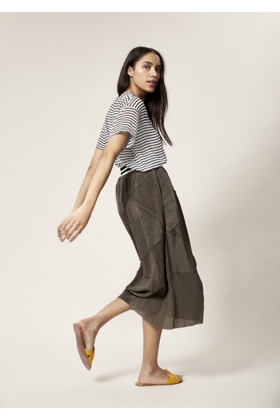 SHIBUI PLEATS SKIRT