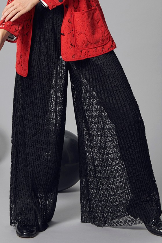 PLISSÉ LACE PANTS